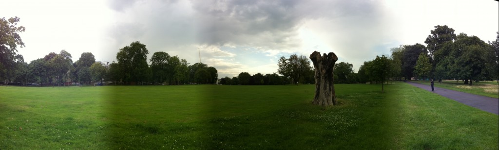 Clissold Park panorama